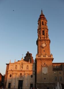 Atardecer Plaza del Pilar en Zaragoza